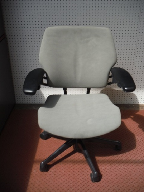 Sale! ?; ? & Humanscale Freedom Task Chair Green - Office Furniture Albany NY ...