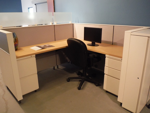 Herman Miller Canvas Work Stations 6 39 X 6 39 Office