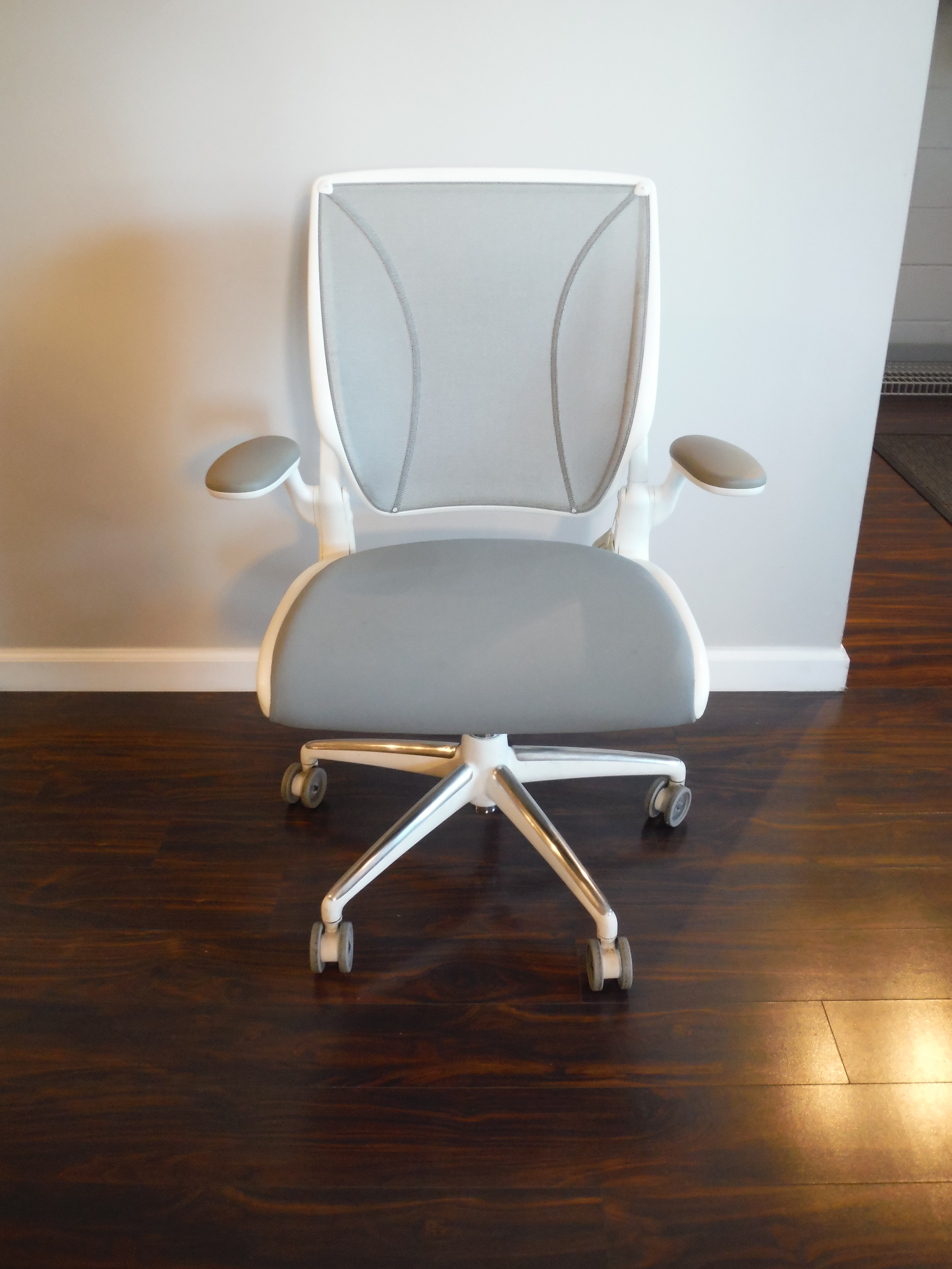 Humanscale Diffrient World Office Furniture Albany Ny